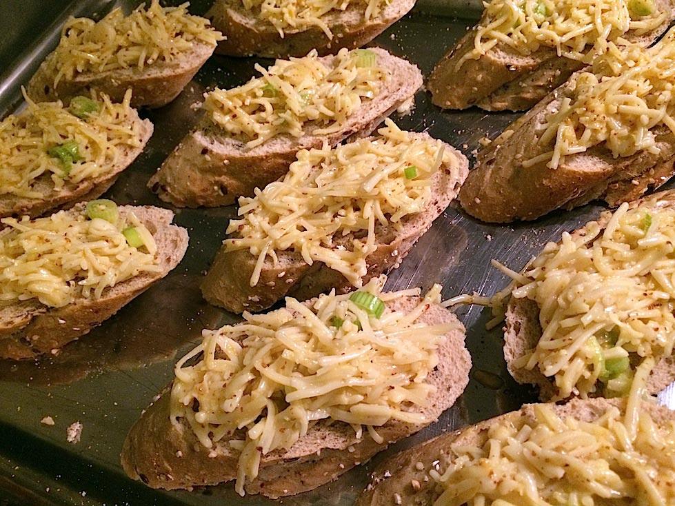 Uiensoep-met-mosterdbroodjes-Francesca-Kookt2