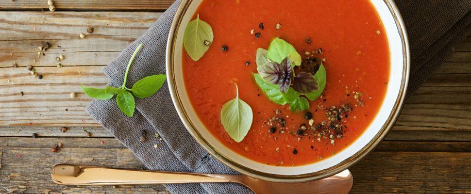 Italiaanse tomatensoep. Buon appetito!