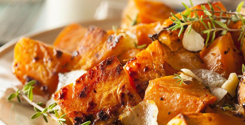 Zoete aardappel wok