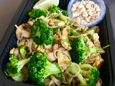 Soba noodles tempeh