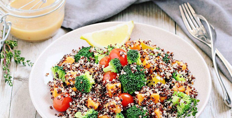 Quinoa roerbakgerecht met broccoli